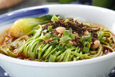 Spinach Noodles (typical Sichuan Recipe)
