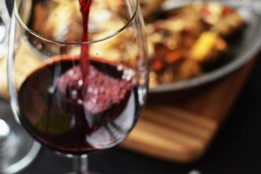 Sommelier: the best wine expert for the right wine